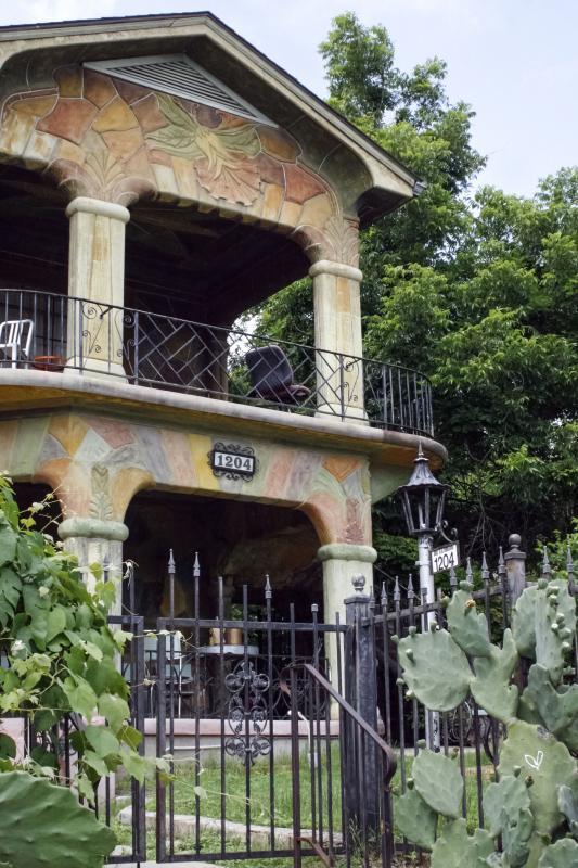 Briones house casa de sue os house of dreams austin 39 s - Casa de suenos ...